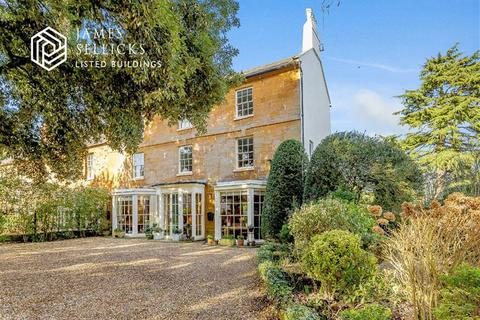 6 bedroom character property for sale - The Green, Hardingstone, Northamptonshire