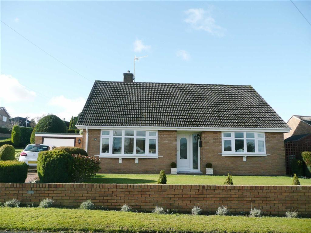 2 Bedrooms Detached Bungalow for sale in Kingsmede Avenue, Walton, Chesterfield, S40
