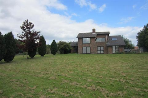 5 bedroom detached house to rent - Isleham Road, Freckenham
