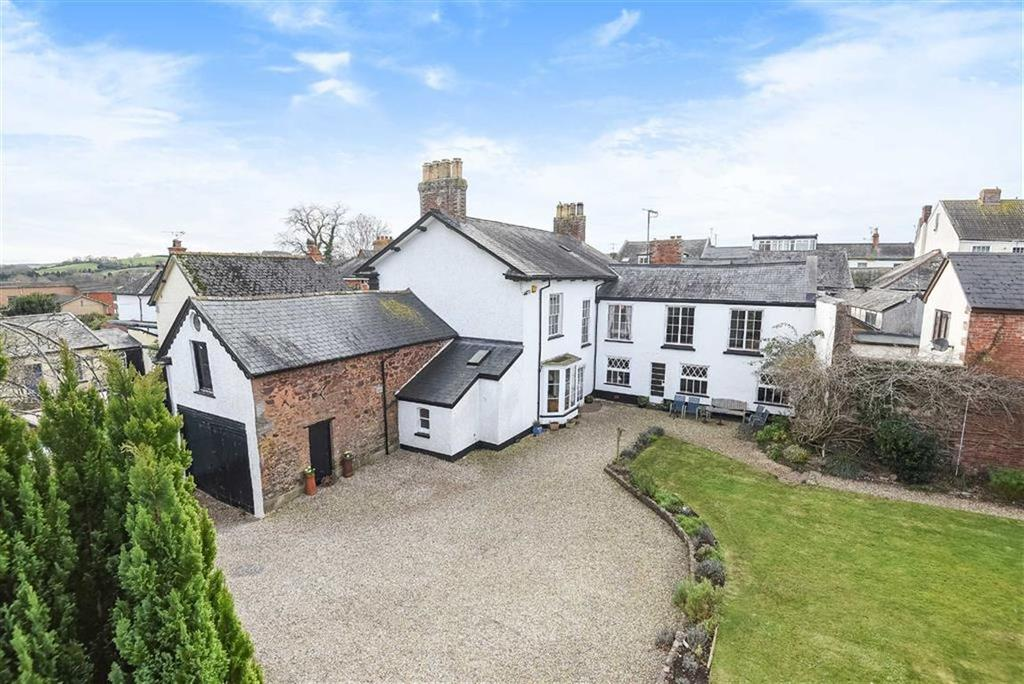 5 Bedrooms Detached House for sale in Church Street, Cullompton, Devon, EX15