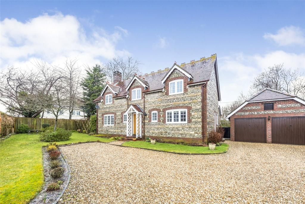 4 Bedrooms Detached House for sale in Olivers Mead, Child Okeford, Blandford Forum, Dorset