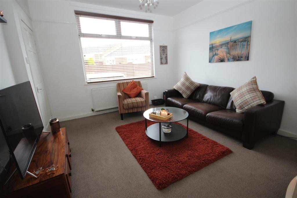 2 Bedrooms Terraced House for sale in Warren Street, Headland, Hartlepool