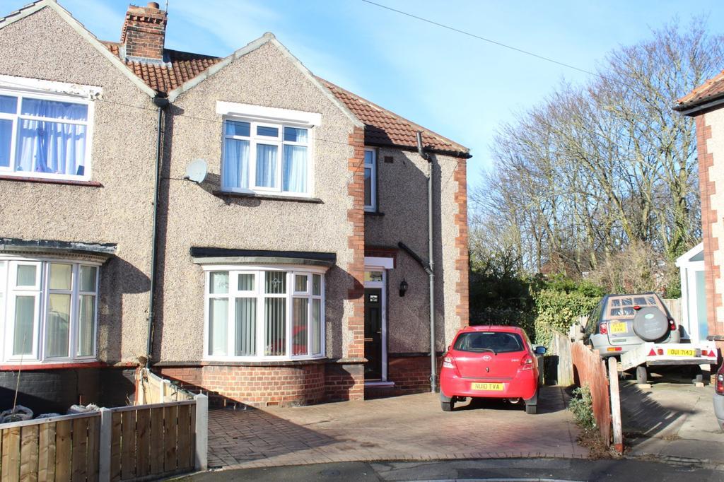 3 Bedrooms Semi Detached House for sale in Granville Grove, Norton, TS20