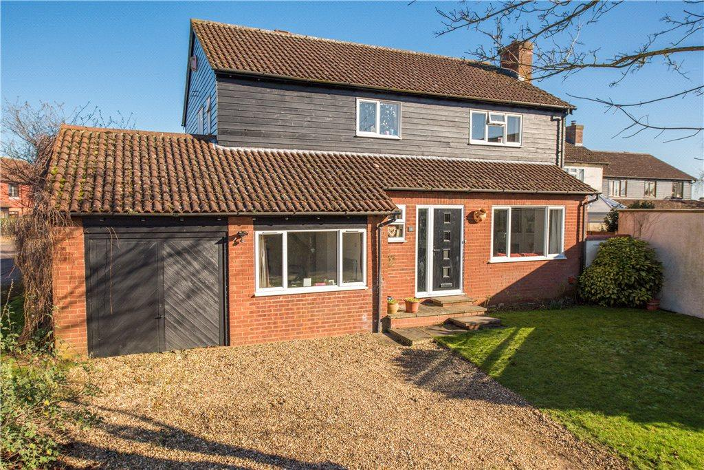 4 Bedrooms Detached House for sale in Wykeham Gate, Haddenham, Aylesbury, Buckinghamshire