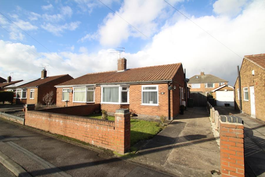 2 Bedrooms Bungalow for sale in WHITETHORN CLOSE, YORK, YO31 9EY