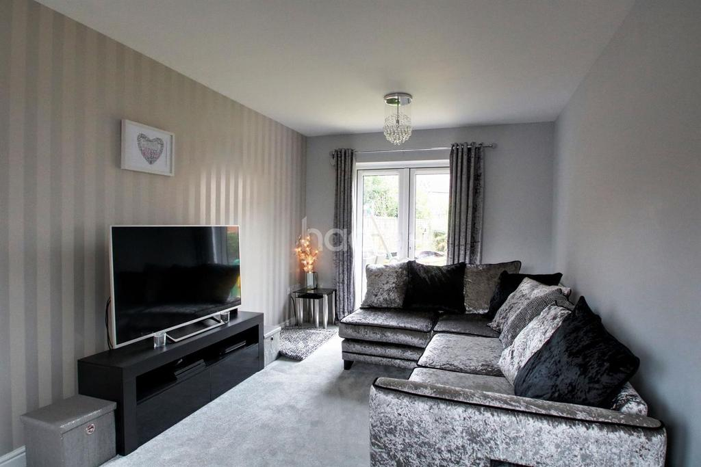 3 Bedrooms Detached House for sale in Downsberry Road, TN25