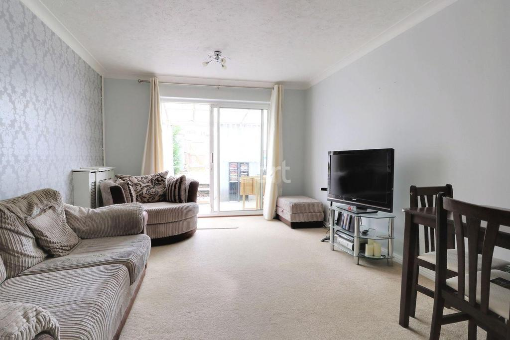 2 Bedrooms Terraced House for sale in Brickfield Farm Gardens, Orpington