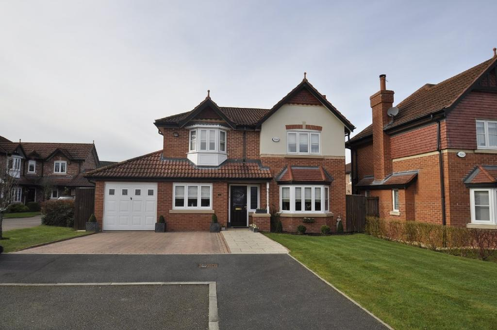 4 Bedrooms Detached House for sale in Glenville Close, Cheadle Hulme