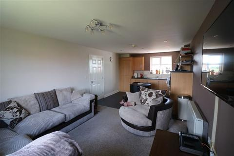 2 bedroom flat to rent - Lancaster Way, Brough, East Yorkshire, Hull