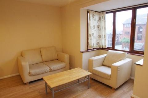 1 bedroom apartment to rent - Cotton Avenue, North Acton, W3 6YF
