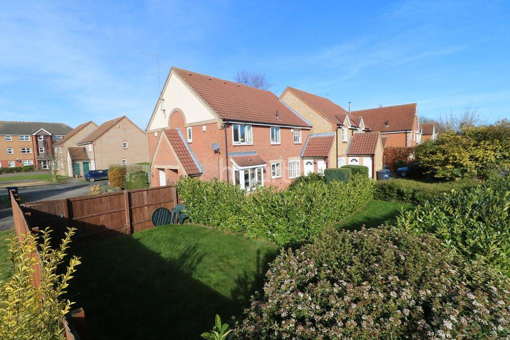 1 Bedroom End Of Terrace House for sale in Woodhead Drive, Cambridge