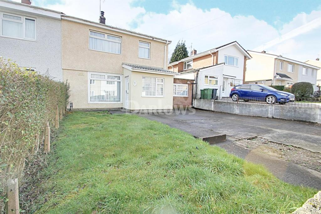 3 Bedrooms Semi Detached House for sale in Ton Road, Cwmbran