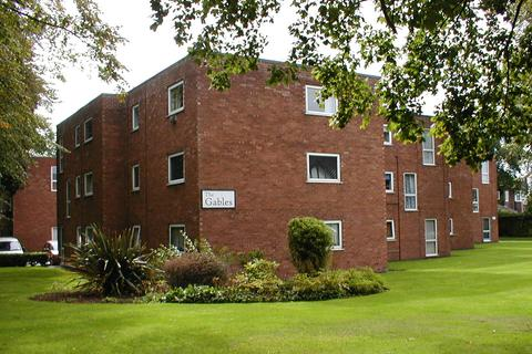 2 bedroom apartment to rent - The Gables, Brooklands Road, Sale M33