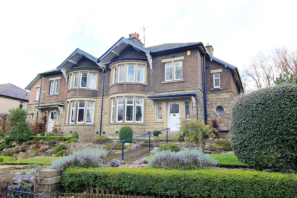4 Bedrooms Semi Detached House for sale in 95 Gargrave Road , Skipton