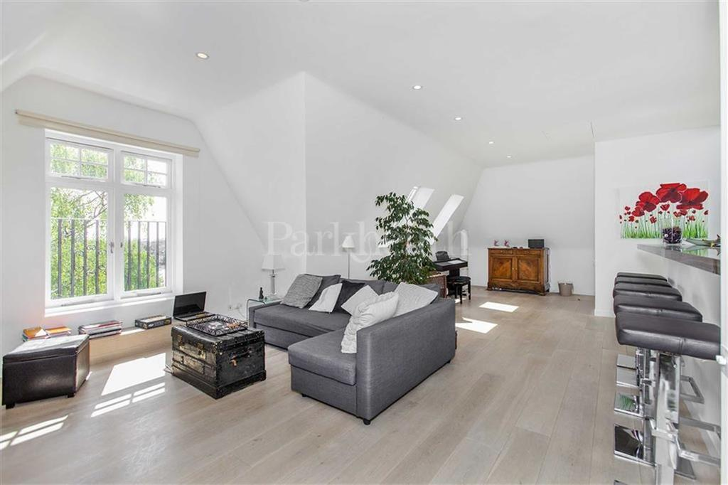4 Bedrooms Flat for sale in Wedderburn Road, Belsize Park, London