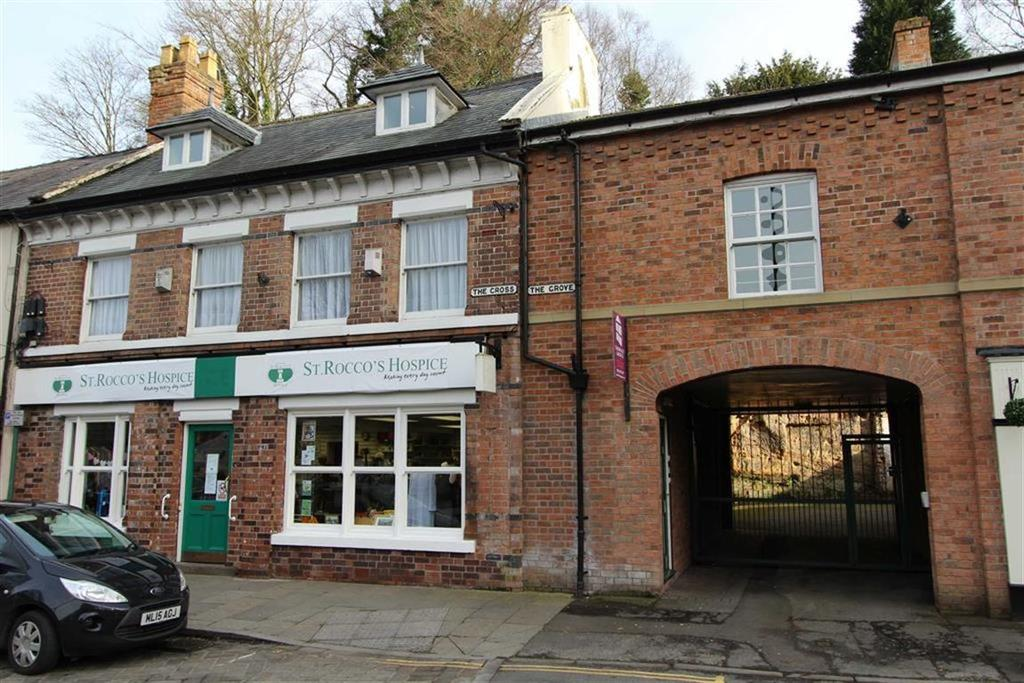 2 Bedrooms Flat for rent in The Cross, Lymm, Cheshire