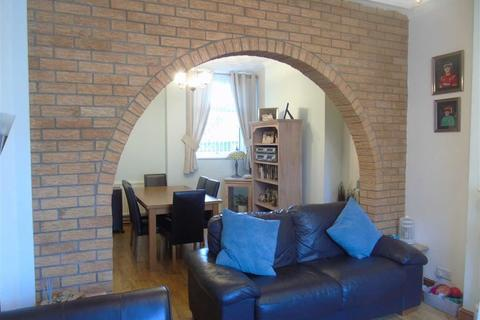 3 bedroom terraced house for sale - Palace Avenue, Llanelli