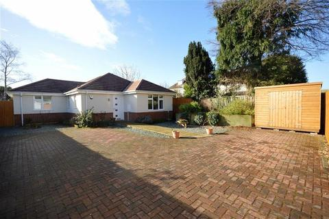 3 bedroom detached bungalow for sale - Kingswell Road, Bournemouth, Dorset, BH10