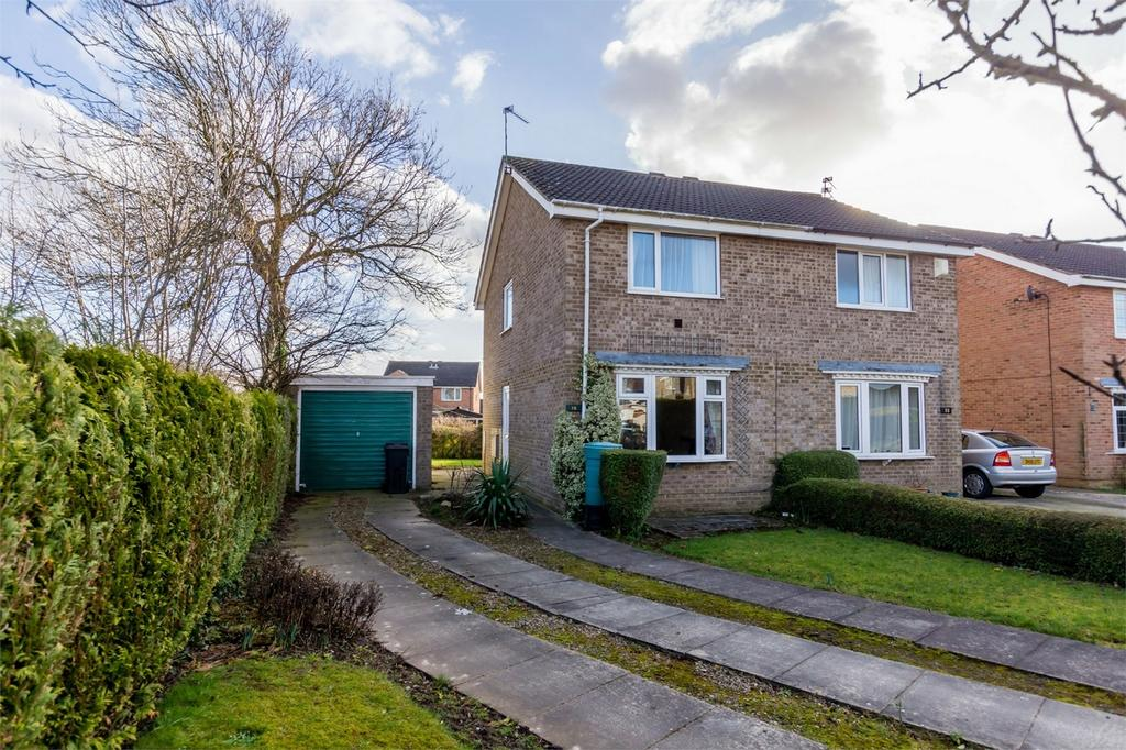 2 Bedrooms Semi Detached House for sale in Rye Close, Wigginton, York