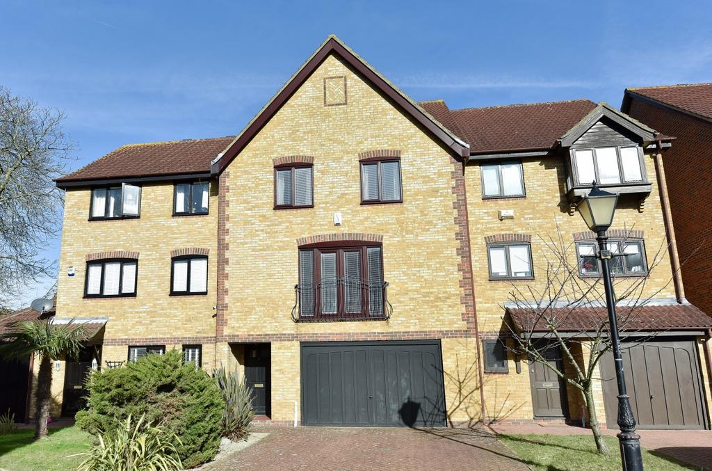 4 Bedrooms Town House for sale in Redroofs Close The Avenue BR3