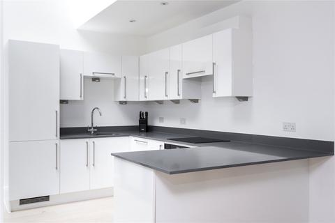 3 bedroom flat to rent - Lincoln's Inn Field, Camden, London, WC2A