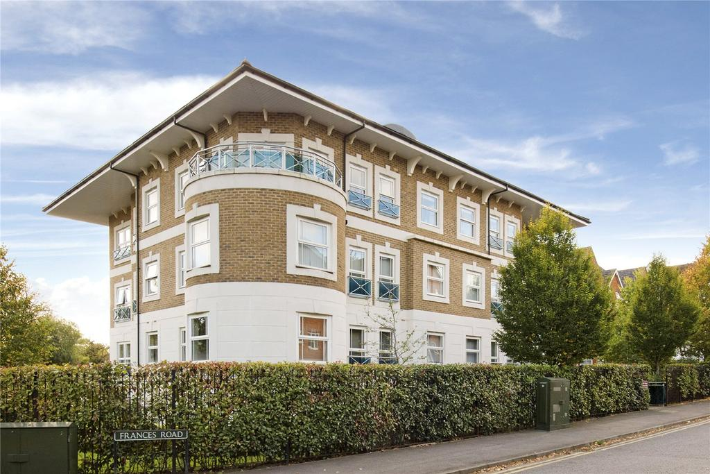 2 Bedrooms Flat for sale in Dene House, 79 Frances Road, Windsor, Berkshire, SL4