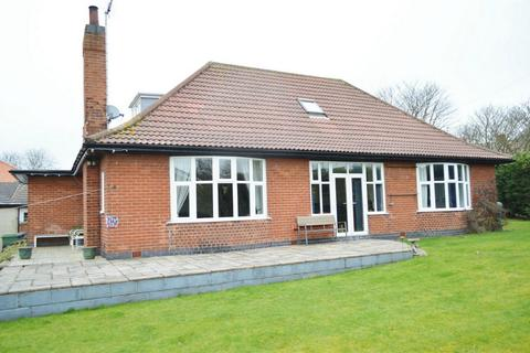 4 bedroom detached bungalow for sale - Brooke, 28 Rolston Road, Hornsea, East Riding of Yorkshire
