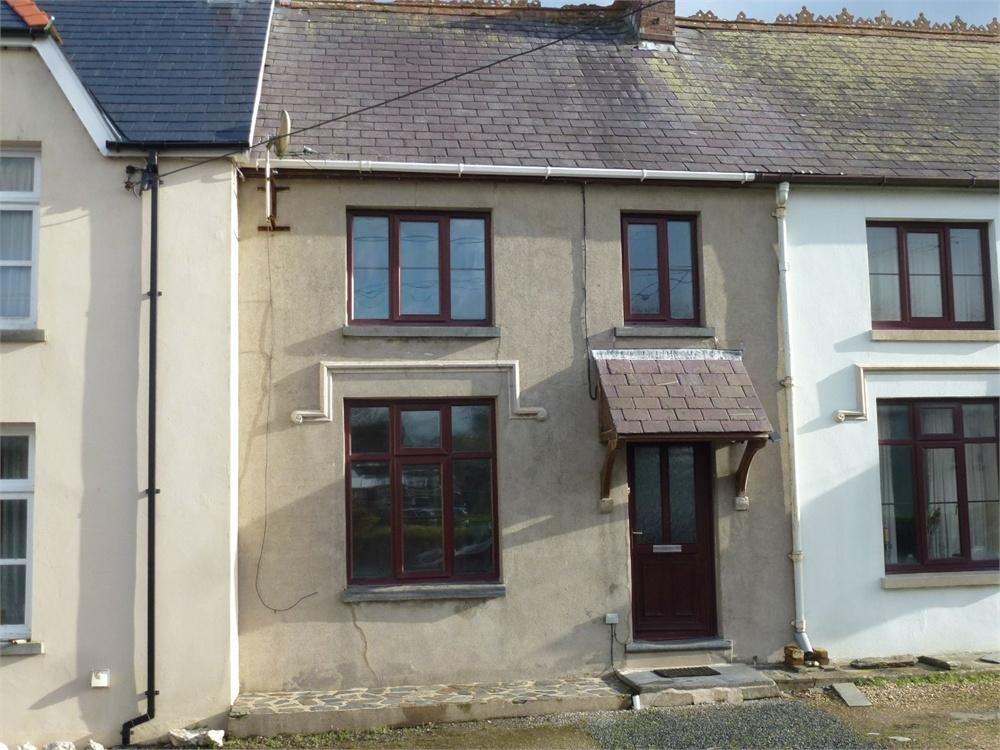 3 Bedrooms Terraced House for sale in Boncath, Pembrokeshire