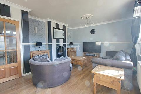 3 bedroom end of terrace house for sale - Duncombe Avenue, Plymouth