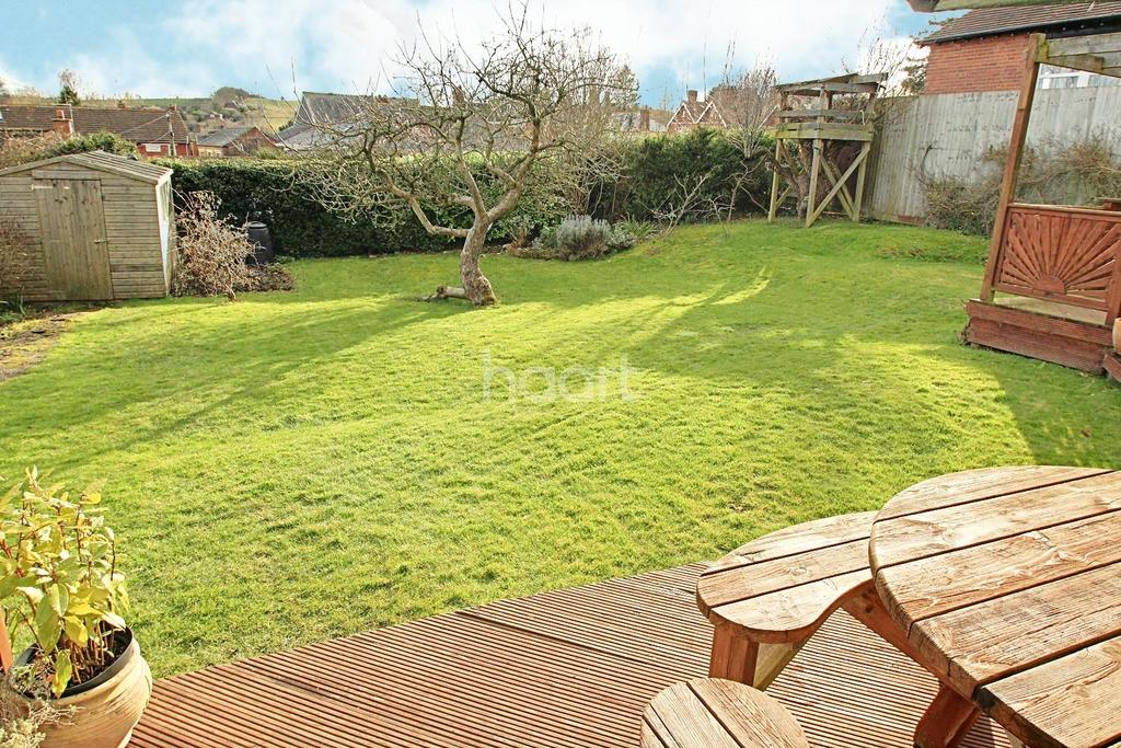3 Bedrooms Bungalow for sale in Church Stile