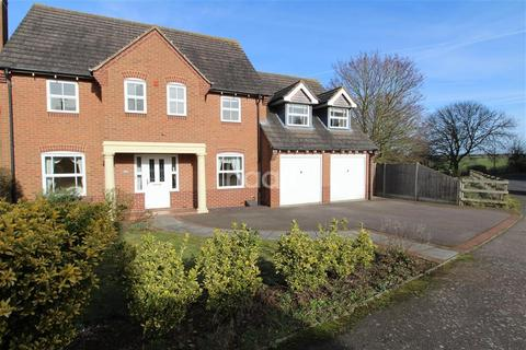4 bedroom detached house to rent - Stoughton