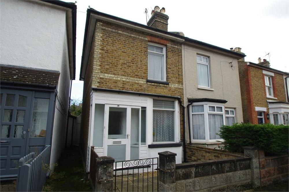 2 Bedrooms Semi Detached House for sale in Nascot Street, WATFORD, Hertfordshire