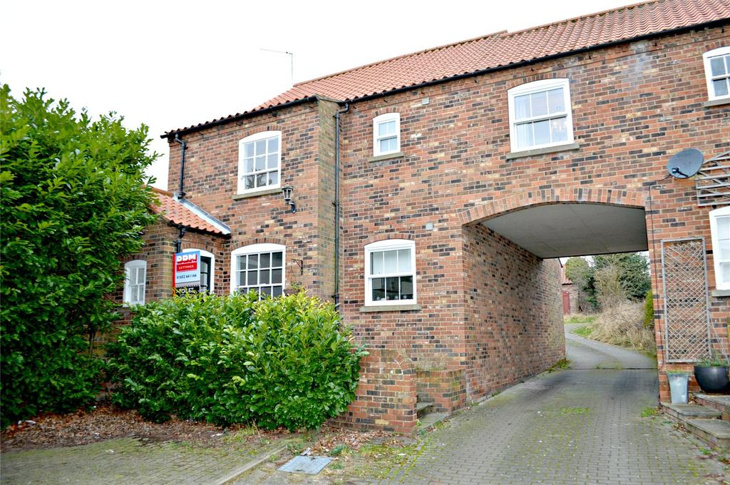 2 Bedrooms End Of Terrace House for rent in Papist Hall Mews, Barrow-Upon-Humber, North Lincolnshire, DN19