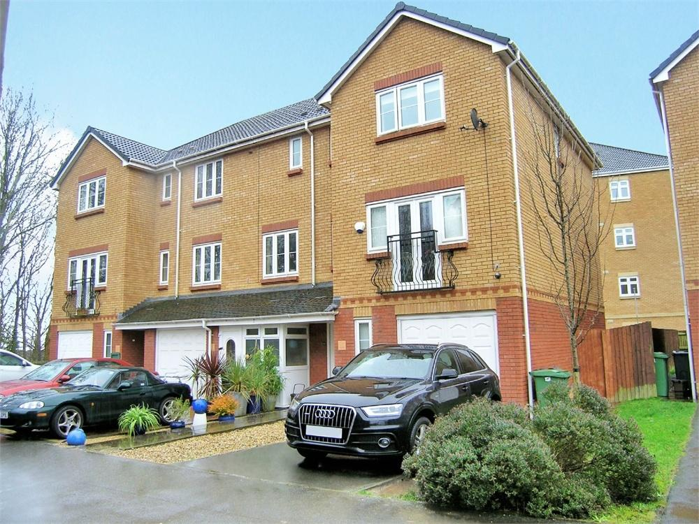 4 Bedrooms End Of Terrace House for sale in Wyncliffe Gardens, Pentwyn, Cardiff