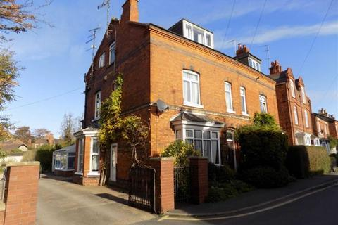 4 bedroom semi-detached house for sale - Tower Street, Boston, Lincs