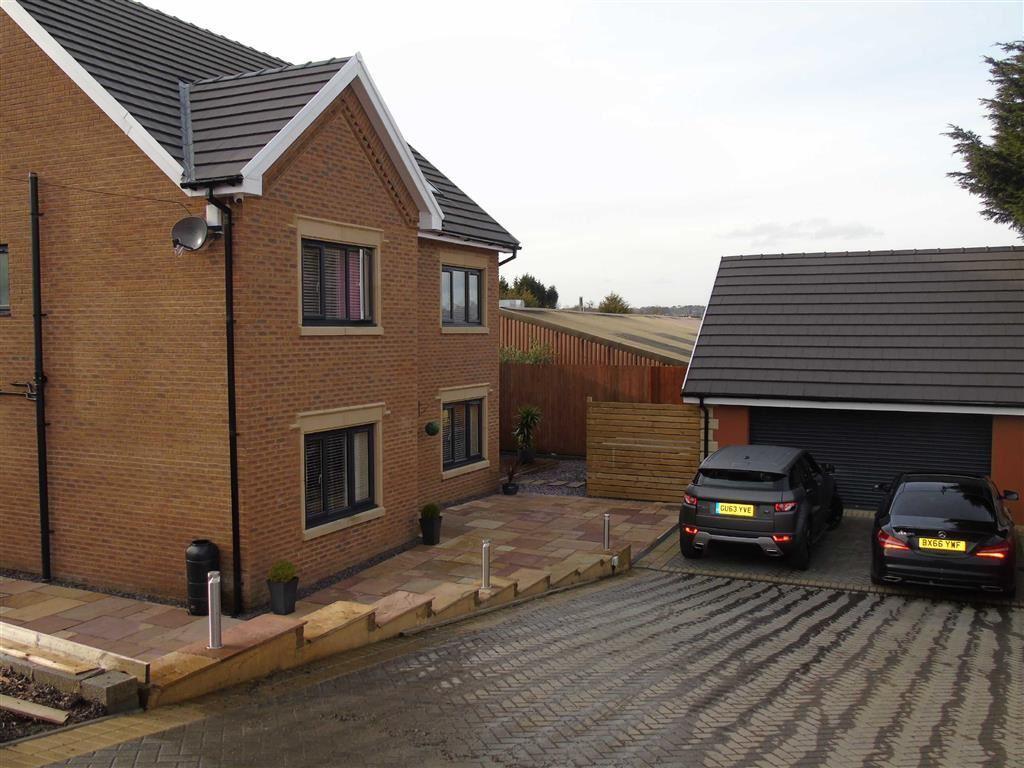 5 Bedrooms Detached House for sale in Tawe Road, Llansamlet, Swansea