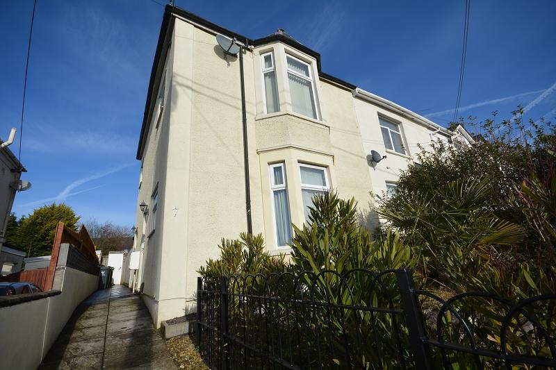 2 Bedrooms Flat for sale in Ty Fry Road, Rumney, Cardiff, Cardiff. CF3