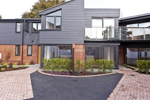 3 bedroom semi-detached house for sale - Parkstone Avenue, Lower Parkstone, Poole, Dorset, BH14