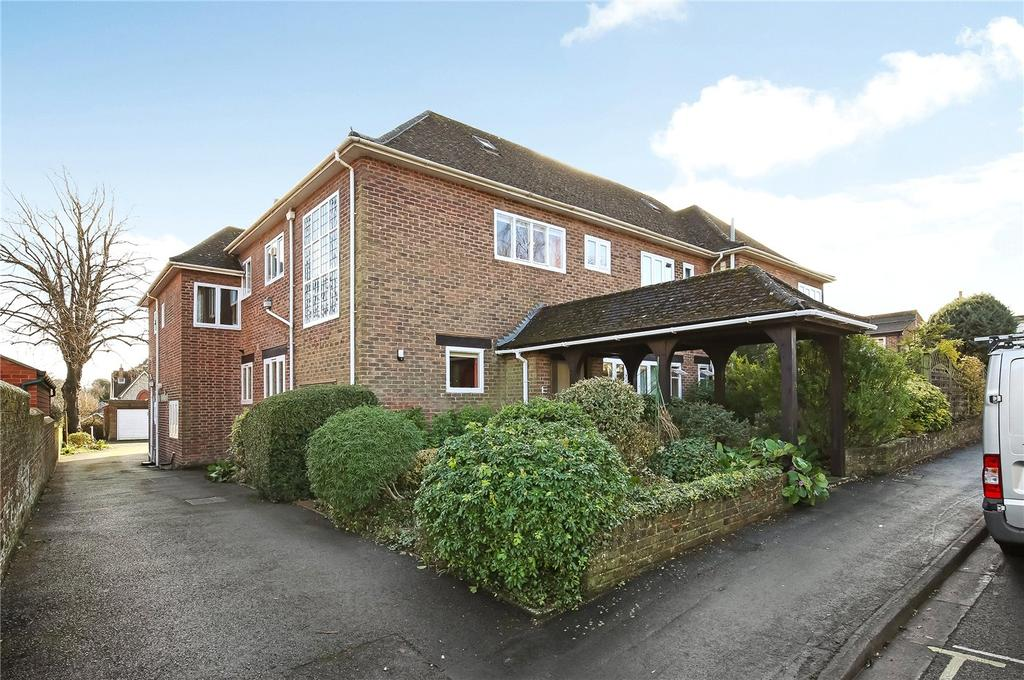 2 Bedrooms Flat for sale in Christchurch Road, Winchester, Hampshire, SO23
