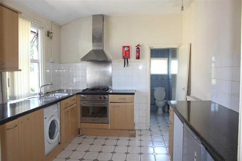 1 bedroom apartment to rent - Vevey Street, Top Floor Flat, Catford