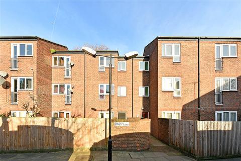 1 bedroom flat for sale - Barney Close, London