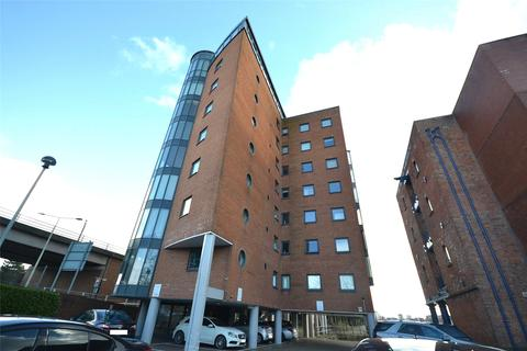 2 bedroom apartment for sale - City Wharf, Atlantic Wharf, Cardiff Bay, Cardiff, CF10