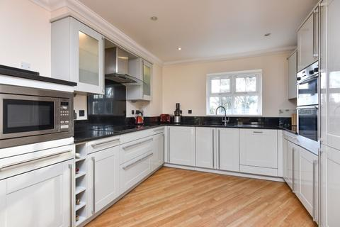2 bedroom maisonette to rent - Deveraux Close Beckenham BR3
