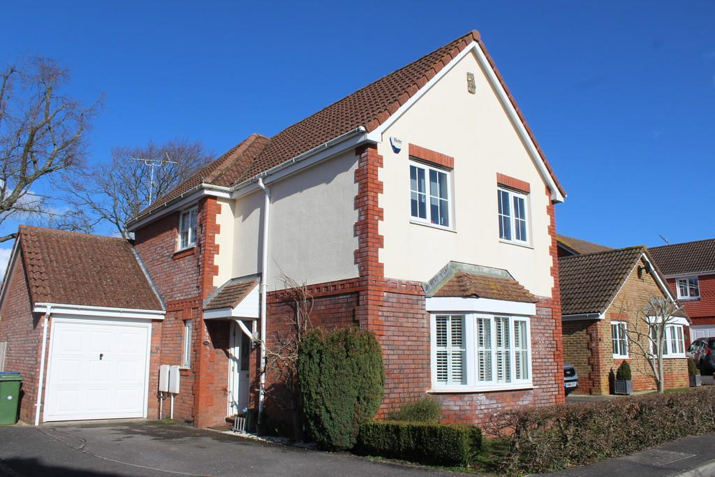 3 Bedrooms Detached House for sale in Ashington, West Sussex
