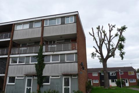 3 bedroom flat to rent - Southwark Path, Basildon, Essex