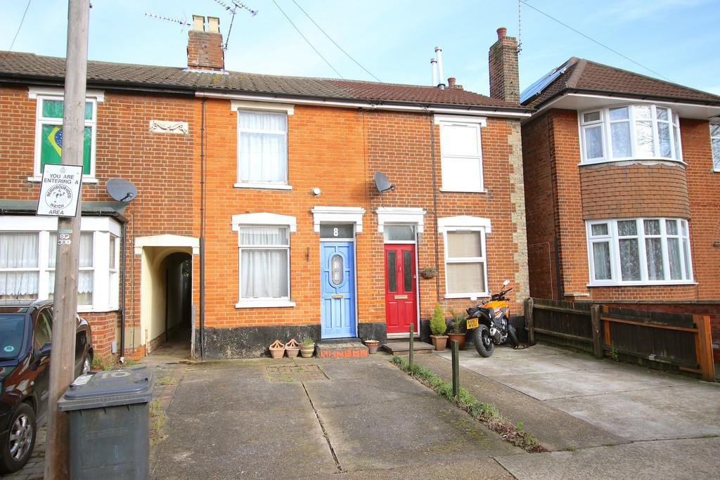 2 Bedrooms Terraced House for sale in Nelson Road, Ipswich