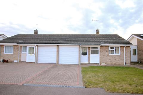 2 bedroom semi-detached bungalow for sale - Musk Close, Stanway, Colchester