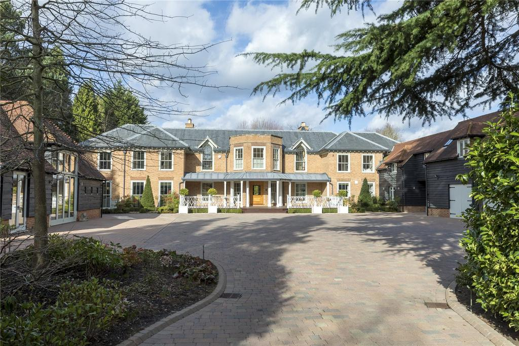 6 Bedrooms Detached House for sale in Blackhills, Esher, Surrey, KT10