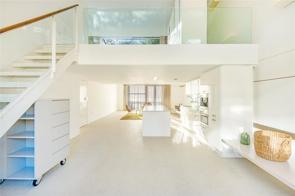 2 Bedrooms Penthouse Flat for sale in Peartree Street, EC1V