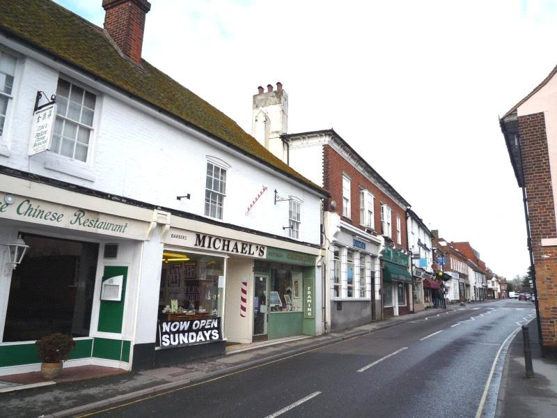 2 Bedrooms Apartment Flat for sale in High Street, Ingatestone, Essex, CM4